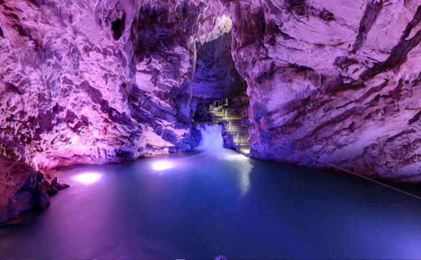 Escursioni alle grotte di Pertosa